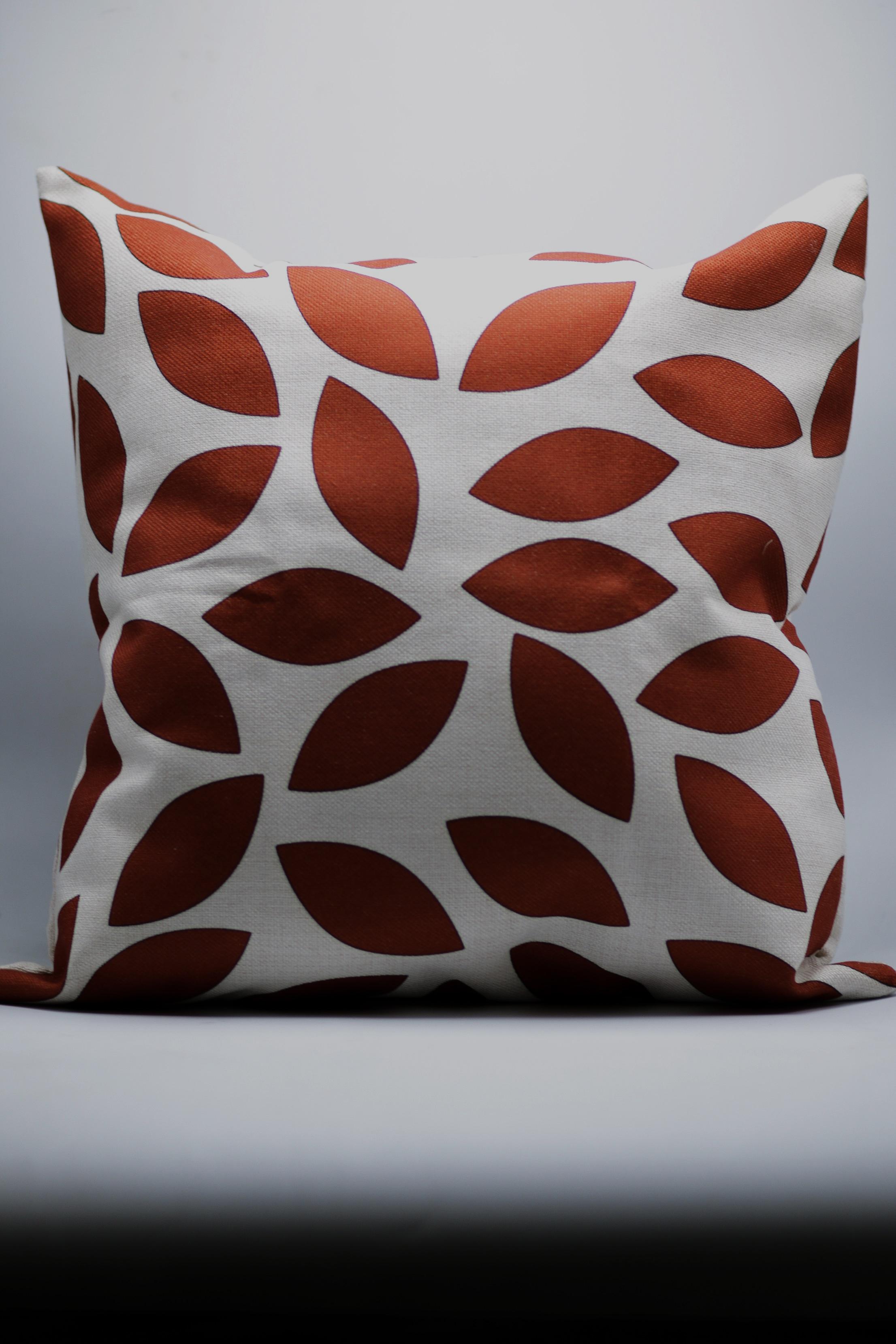 Red/Burgundy Leaf Decorative Throw Pillow