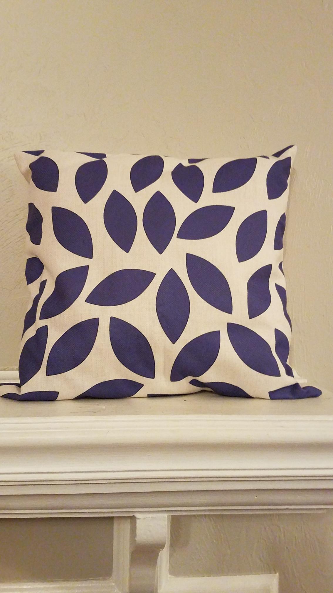 Purple Leaf Decorative Throw Pillow